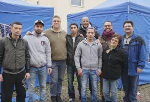 Weilerswister Flüchtlinge unterstützten Weihnachtsbasar